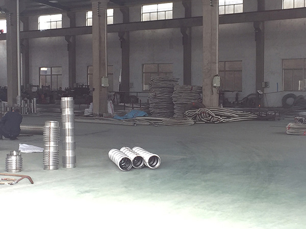 波纹管生产车间